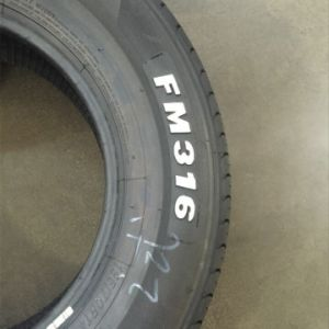 Good Quality White Letter Car Tyre pictures & photos