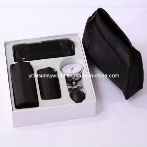 Medical Equipment Palm Blood Pressure Monitor (SW-AS27) pictures & photos