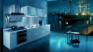 Solid Wood Kitchen Cabinet with UV Painted (ZX-029) pictures & photos