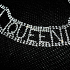 Luxury Crystal Rhinestone Handmade Queen Letter Copper Choker Necklace pictures & photos