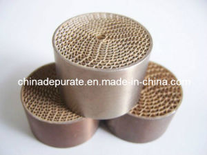 Euro Standard Small Universal Engine Exhaust Honeycomb Metal Catalytic pictures & photos