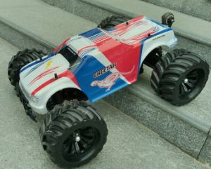 1: 10 4WD 2.4G Electric Car RC Brushless Desert RC Buggy pictures & photos