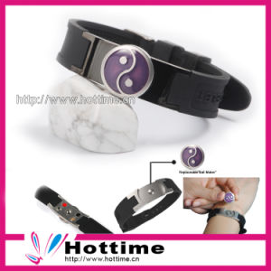 Special Silicone Fashion Bracelet pictures & photos