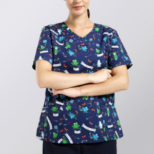 Ladie′s Round Neck Animal Printing Scrub Top pictures & photos