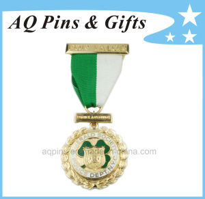 3D Gold Valor Medal with Ribbon pictures & photos
