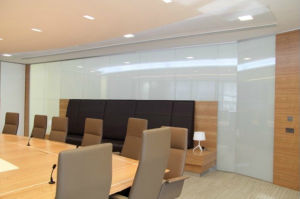 Low Price Smart Glass for Residential Display (PDLC Glass) pictures & photos