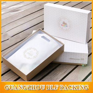 Unique White Cardboard Custom Coat Gift Box pictures & photos