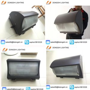 High Quality Outdoor 60W LED Wall Light with 5 Year Warranty pictures & photos