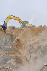 New High Quality Mining Excavator with ISO, SGS pictures & photos