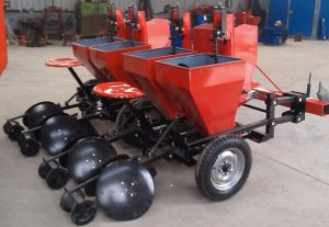 Potato Planter for 50-90HP Wheel Tractor, Farm Machinery pictures & photos