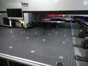CNC Turret Punch Press Machine with Amada Tools/Oversea Service pictures & photos