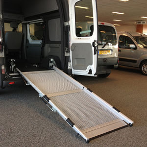 Auto Accessory, Vehicle Ramp for Wheelchair pictures & photos
