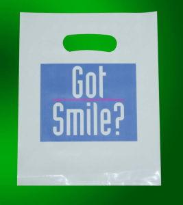 Die Cut Handle Polybag/Packing Bag/Plasticbag pictures & photos