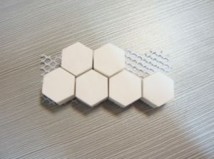 92 Wear Resistant Alumina Ceramic Lining Mat of Square Hexgon Tile pictures & photos