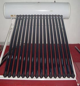 Pressurized Solar Water Heater with Rust-Proof Coating pictures & photos