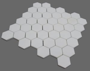 2017 Greece White Crystal Hexagon Marble Mosaic Tiles for Backsplashes pictures & photos