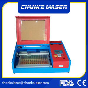 Mini Laser Machine 40W for Rubber Stamp Sheet Acrylic pictures & photos