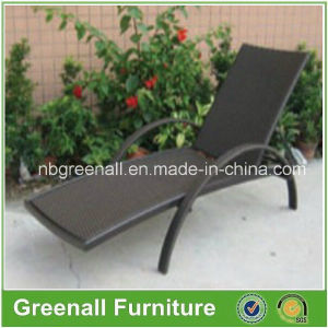 Outdoor Rattan Antique Chaise Lounge Chair pictures & photos