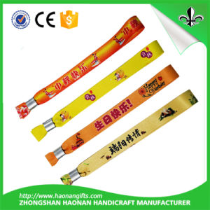 Custom Personalize Wristbands for Crafts Garden Decoration pictures & photos