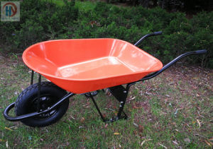 Truper Model Wheelbarrow for South America pictures & photos