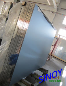 Horizontal Vacuum Coated Float Glass 2mm to 6mm Aluminum Mirror Glass for Home Decors, Max Size 2440 X 3660mm pictures & photos