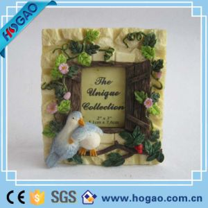 Resin Photo Frame Beautiful Flowers and Two Birds pictures & photos