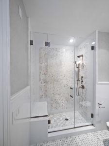 Frameless Clear Glass Shower Door/Glass Shower Door pictures & photos