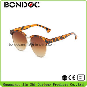 Fashion Designer Metal Kids Sunglasses pictures & photos