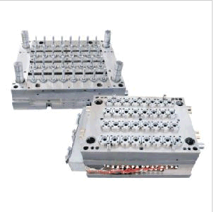 Pet Preform Mould (with Hot Runner) pictures & photos