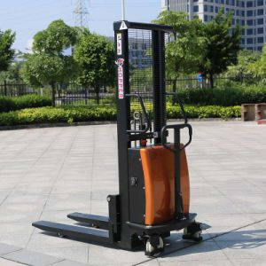 Chinese Popular 1.0ton Electric Reach Pallet Stacker (CDSD10) pictures & photos
