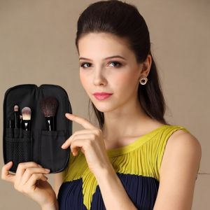 5PCS Travel Set Make up Brush Cosmetic Brush with Zipper Pouch pictures & photos