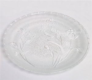 Hot Sell 8 Inch Embossment Rose Glass Plate Tableware pictures & photos