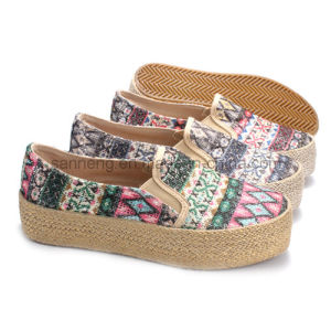 Women Shoes Canvas Shoes Slip-on with Hemp Rope Platform pictures & photos