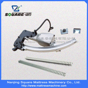 Manual Loaded Pneumatic Clinching Gun Clips pictures & photos