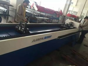 Jlg3200-700 700W Fiber Laser Cutting Machine for Tube pictures & photos
