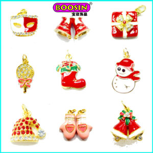 Lovely Enamel Custom Made Christmas Metal Bulk Jewelry Gold Pendant pictures & photos