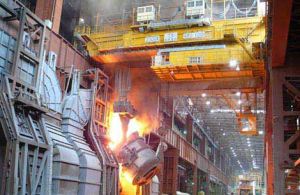 Steelmaking High Temperature Overhead Cranes with Laminated Hook for Ladle pictures & photos