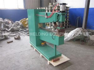 Automatic Pneumatic Double Head Spot Welding Machine Made in China pictures & photos