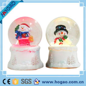 Christma Water Globes Ornamental Decoration Best Gift pictures & photos