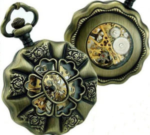 OEM Design Flower-Shaped Pocket Watch pictures & photos