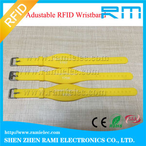 125kHz RFID Silicone Wristband for Child for Events pictures & photos