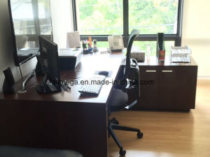 Modern Office Furniture MFC Desk for Boss (FOH-P2018) pictures & photos