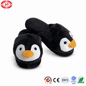 Black Penguin Plush Soft Warm En71 Fashion Slipper Shoe pictures & photos