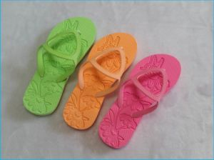 Slipper Soling Sheets with Upper Beach Slipper Sole pictures & photos