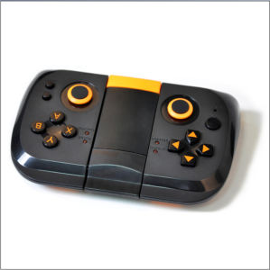 Bluetooth Game Controller for Androisd Phone pictures & photos