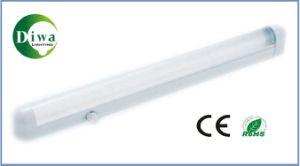 T8 Fluorescent Lamp Bracket, CE, RoHS, IEC, SABS Approved, Dw-T8dux pictures & photos