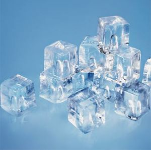 Bar Counter Cube Ice Machine 100kg/24h pictures & photos
