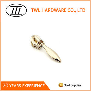 High Quality Zinc Alloy Metal Zipper Puller for Handbag Accessories pictures & photos
