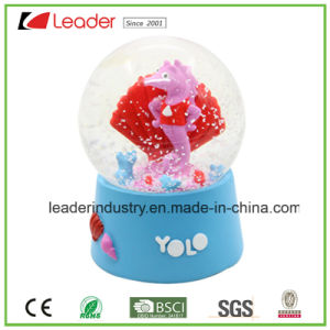 Polyresin Shark Snow Globe for Home Decoration, Custom Water Globe Dome Ball pictures & photos
