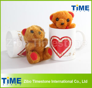 Promotional Stoneware Ceramic Mug with Toy Bear (TS019-016) pictures & photos